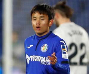 皇马日本天才又沦为替补 近三场只踢了76分钟